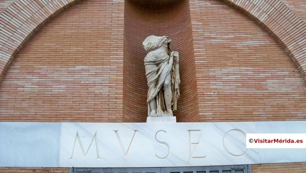 museo arte romano merida lateral frontal