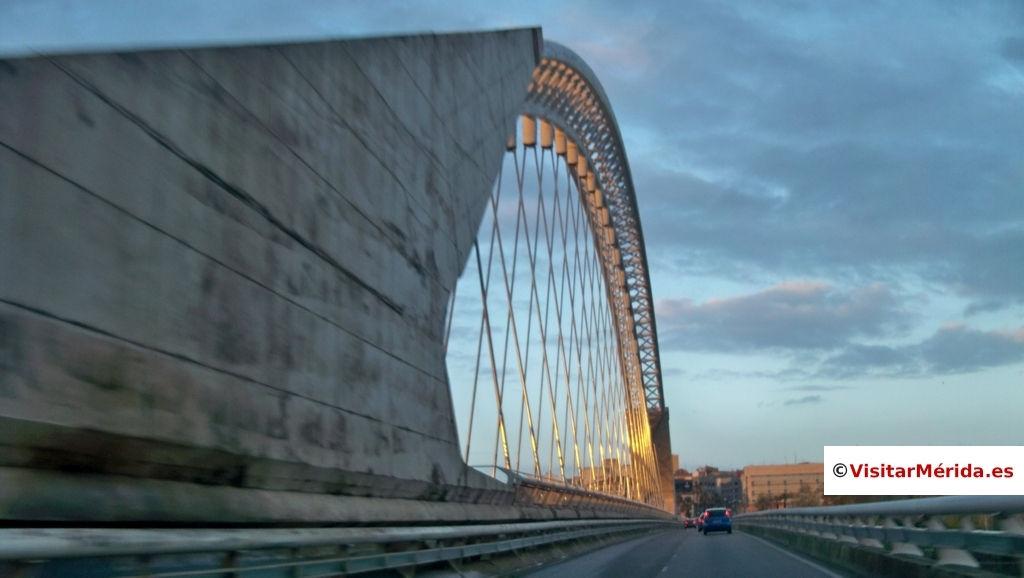 puente lusitania de merida trafico rodado