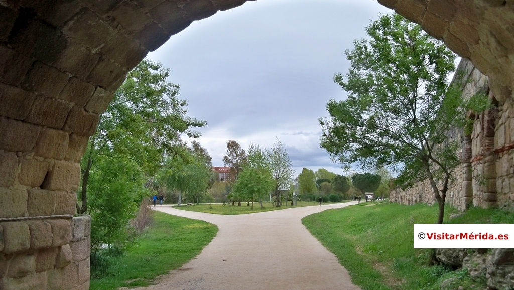 arco puente romano merida