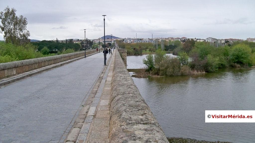 rio guadiana y puente romano merida