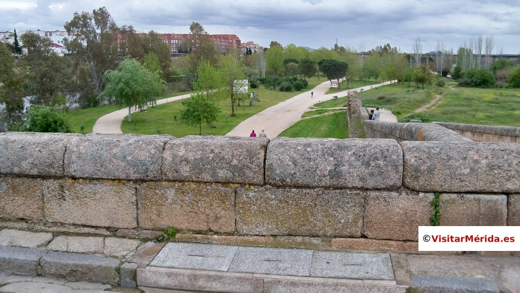 puente romano merida y parques